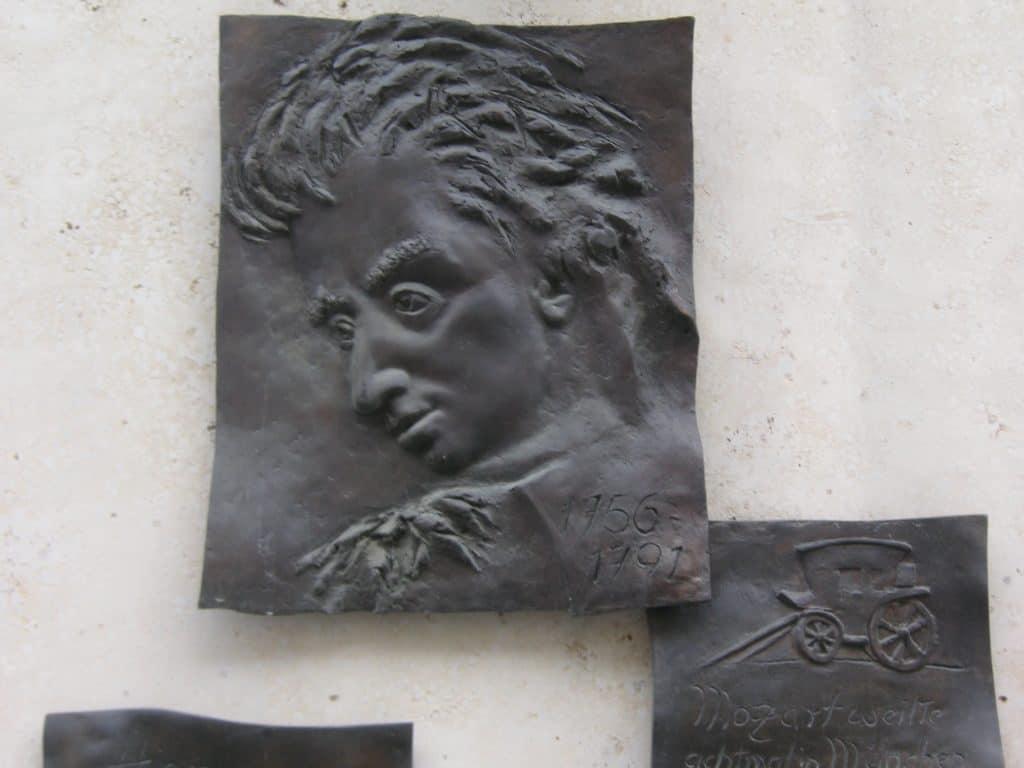 Mozart Gedenktafel am Perusa-Eck München